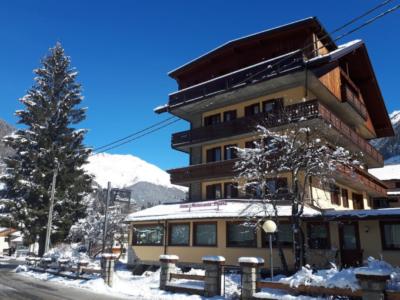 Hotel Pineta Ponte di Legno